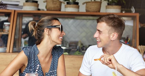 wyjście oznacza randkę darmowe niejawne serwisy randkowe